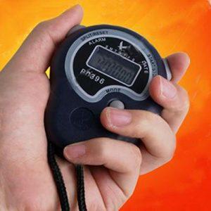 digitale Stoppuhr Sport-Timer Stoppuhr Uhrzeit Wecker mit Whistles Geschenk-Handheld